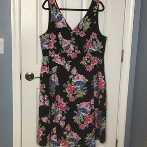 Torrid black pink floral lined dress size 20